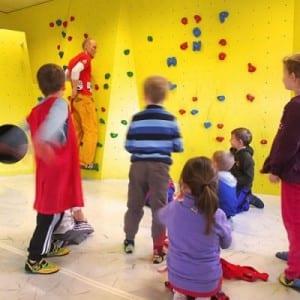 kid bouldern climbing blockhelden indoor sport erlangen nürnberg fitness