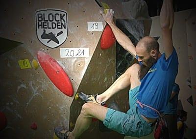 BLOCKHELD & BLOCKHELDIN 2015 Erlangen boulder Finale Wettkampf046