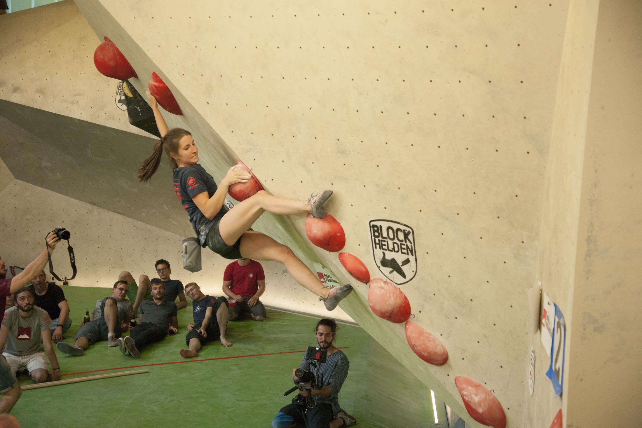 Finale, internationaler bouldercup Frankenjura 2016, BLOCKHELDEN Erlangen, Mammut, Bergfreunde.de, Boulderwettkampf07092016645
