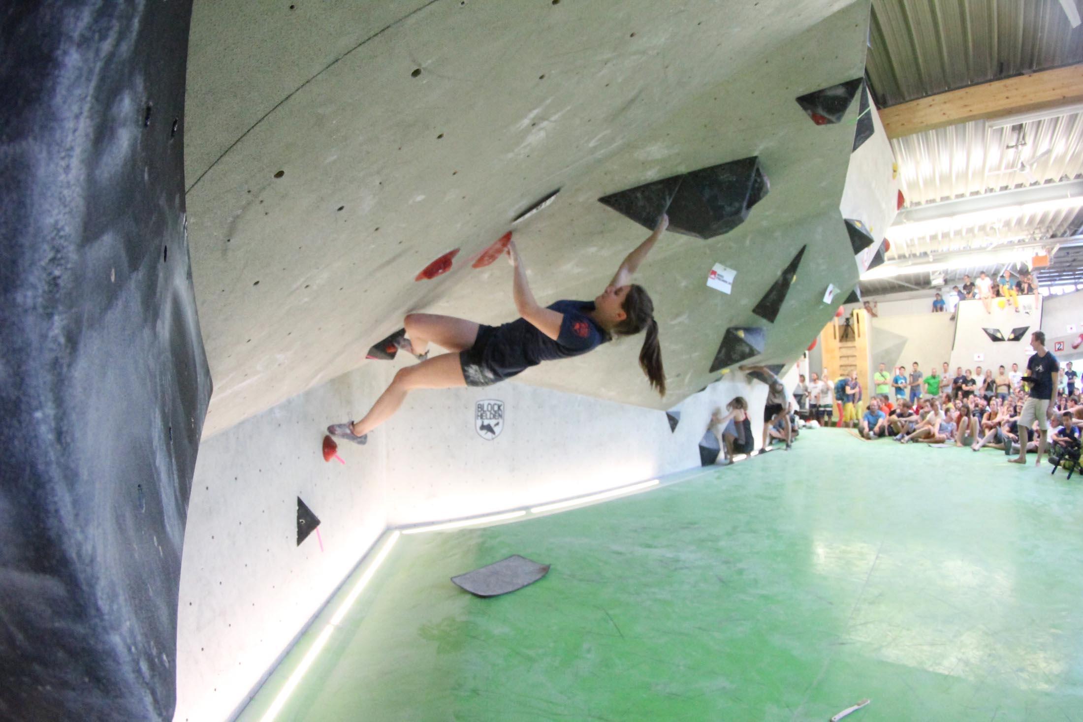 Finale, internationaler bouldercup Frankenjura 2016, BLOCKHELDEN Erlangen, Mammut, Bergfreunde.de, Boulderwettkampf07092016670