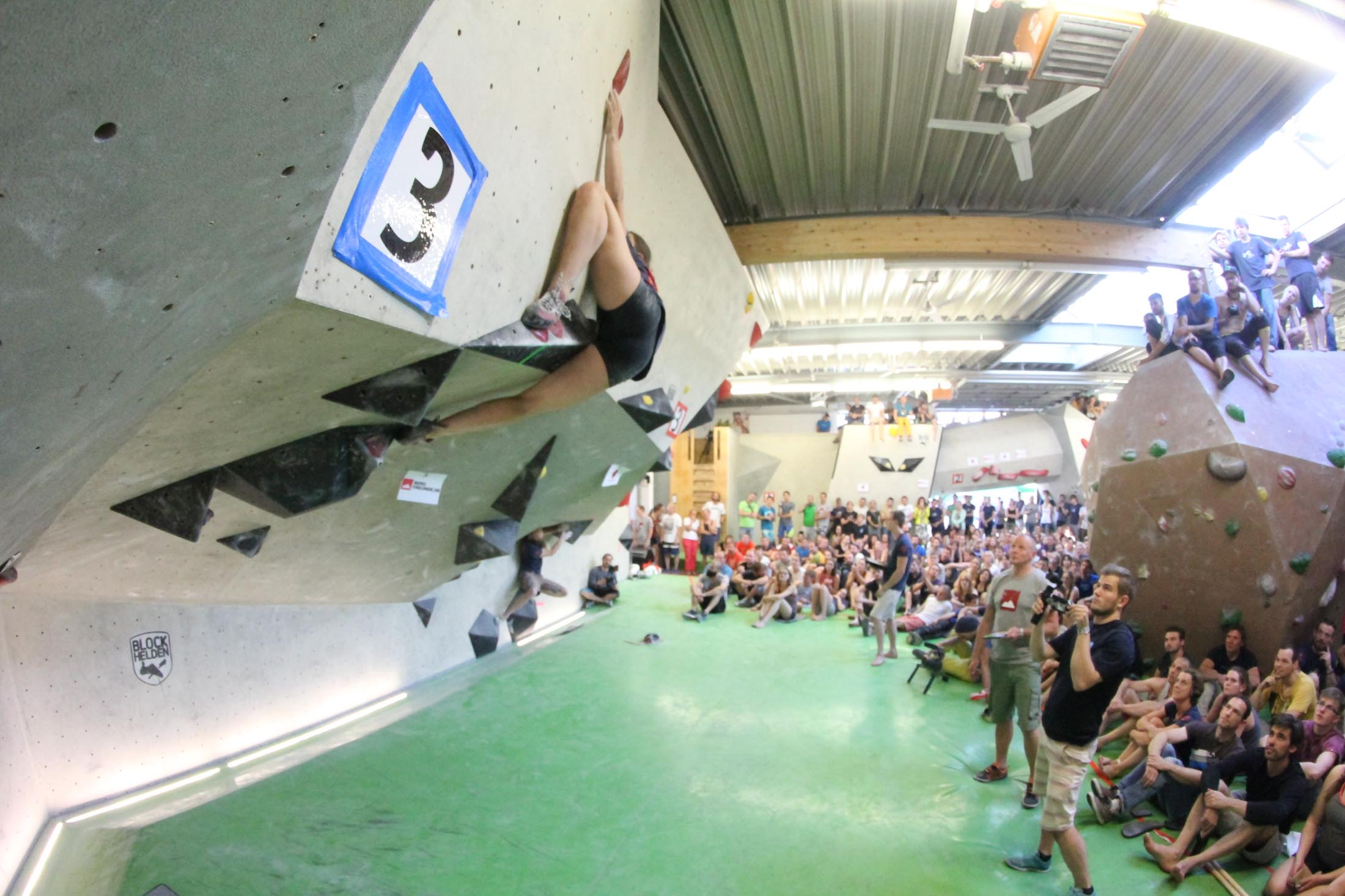 Finale, internationaler bouldercup Frankenjura 2016, BLOCKHELDEN Erlangen, Mammut, Bergfreunde.de, Boulderwettkampf07092016672