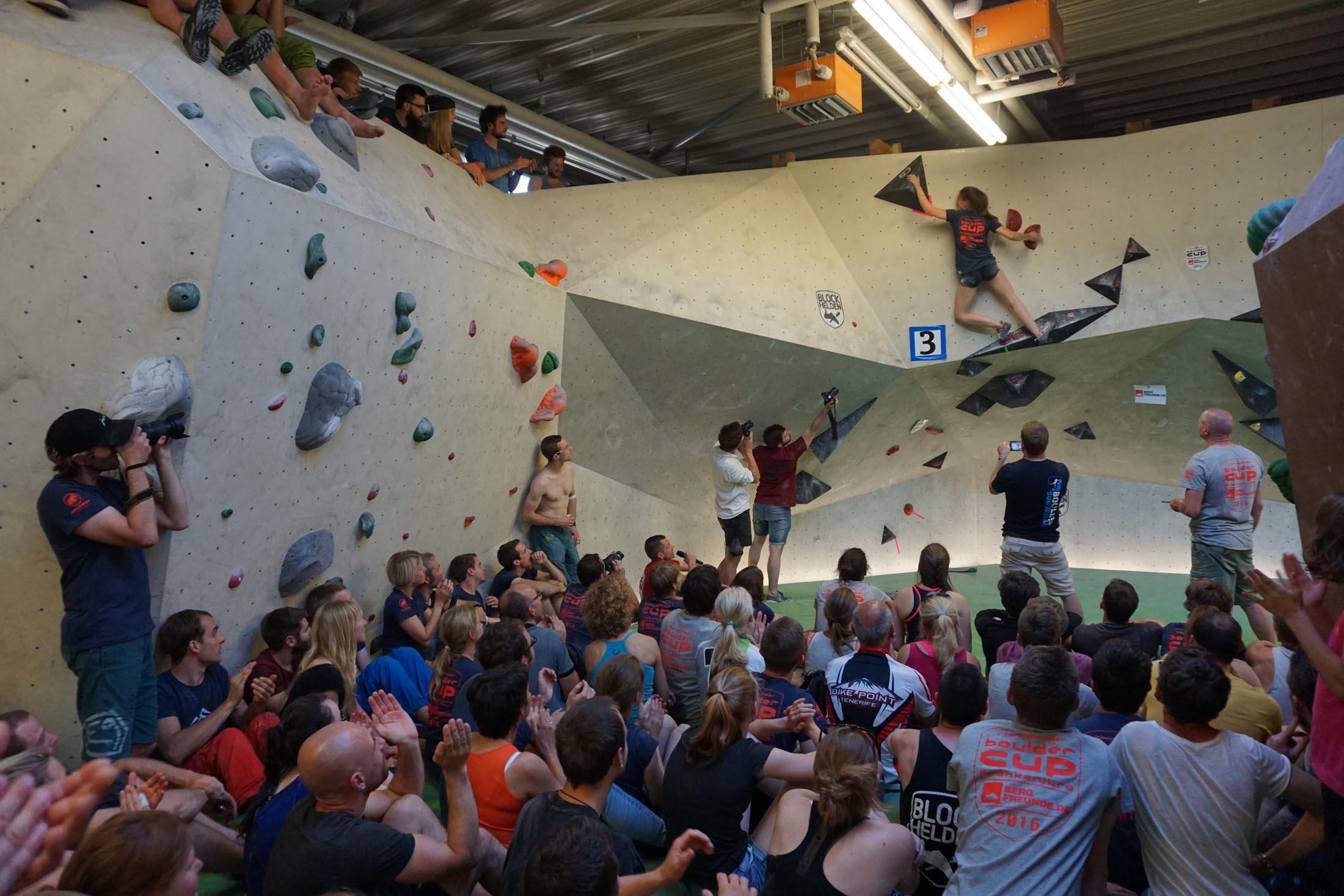 Finale, internationaler bouldercup Frankenjura 2016, BLOCKHELDEN Erlangen, Mammut, Bergfreunde.de, Boulderwettkampf07092016673