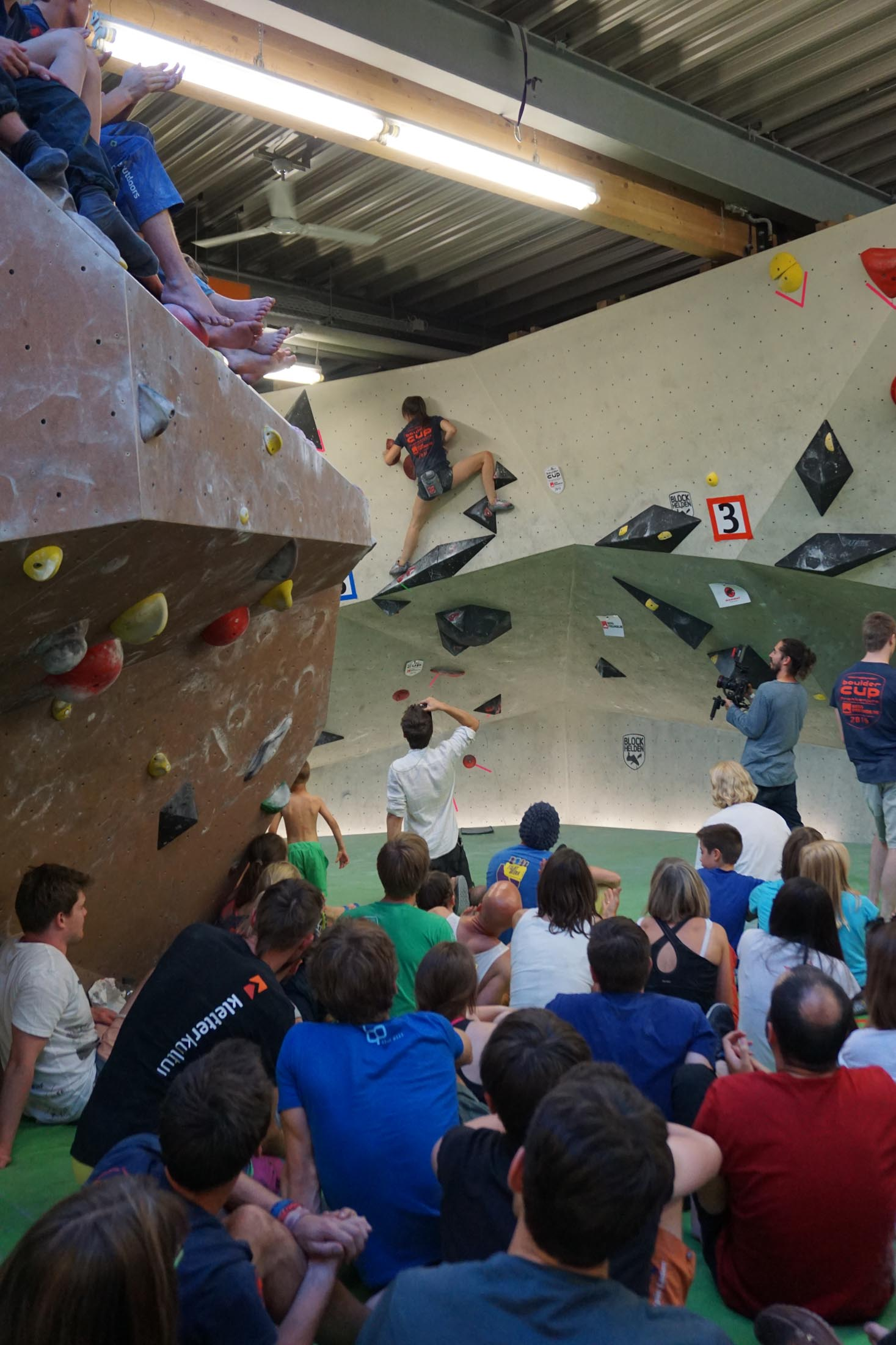 Finale, internationaler bouldercup Frankenjura 2016, BLOCKHELDEN Erlangen, Mammut, Bergfreunde.de, Boulderwettkampf07092016714