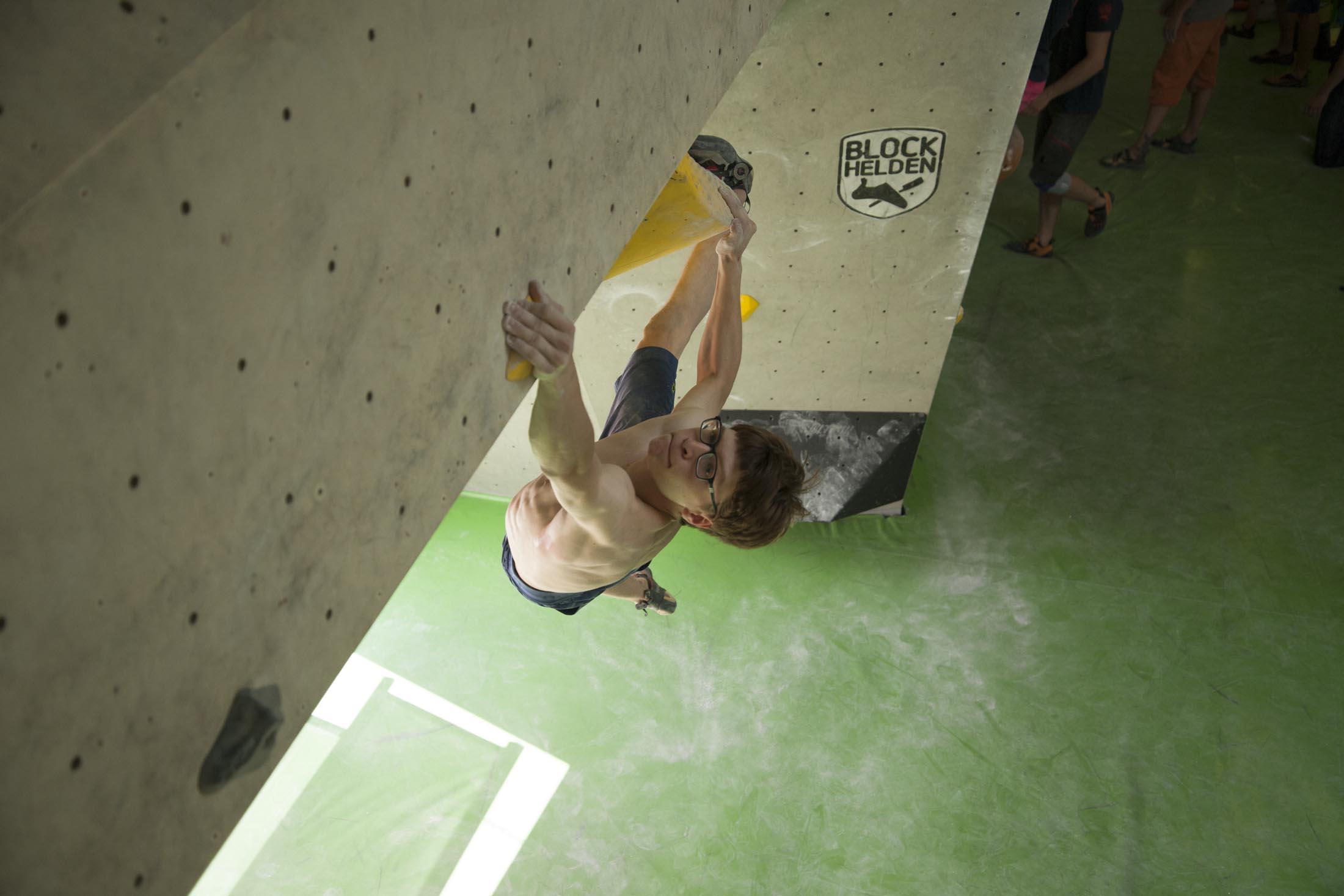 Quali, internationaler bouldercup Frankenjura 2016, BLOCKHELDEN Erlangen, Mammut, Bergfreunde.de, Boulderwettkampf07092016319