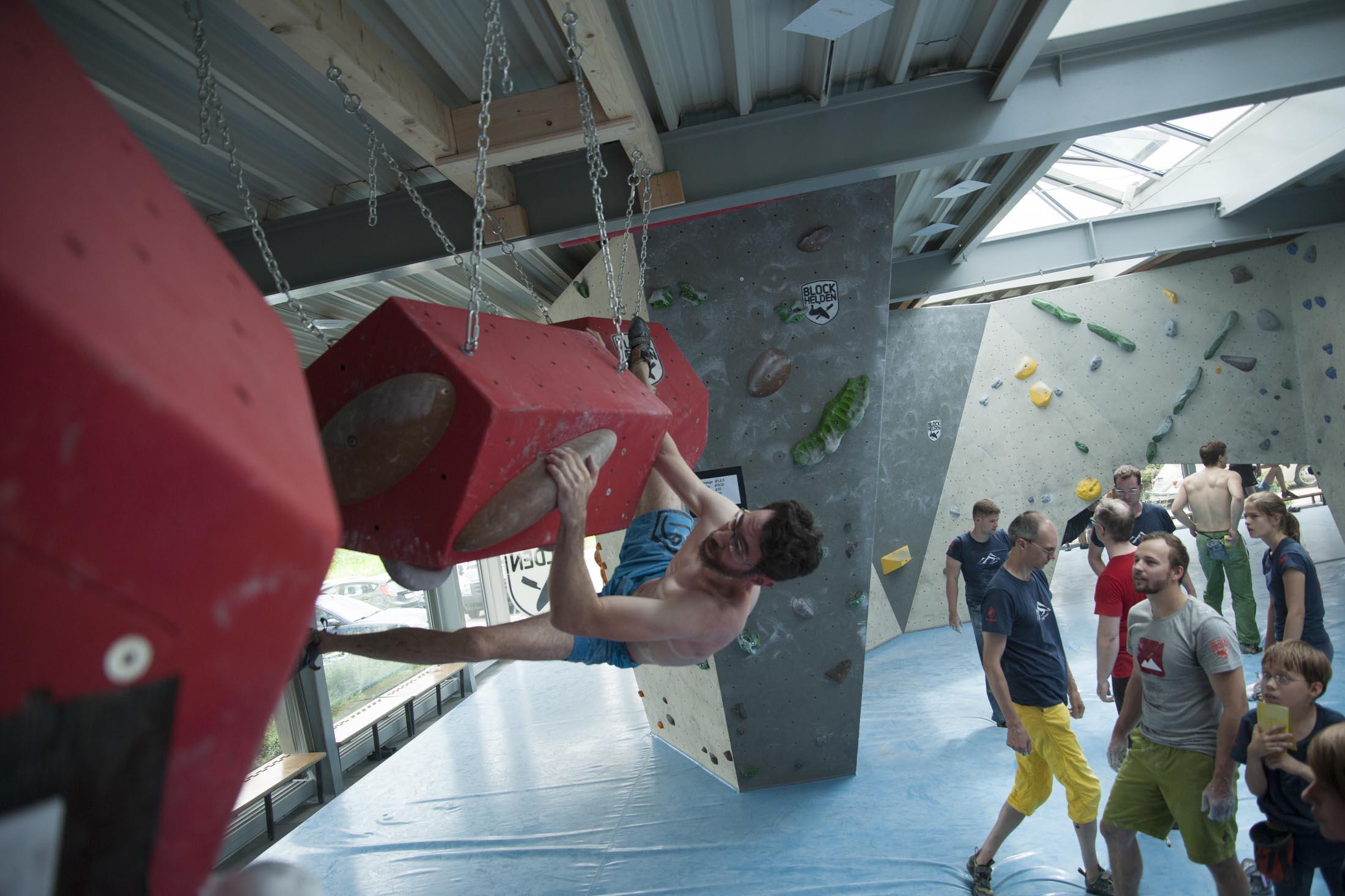 Quali, internationaler bouldercup Frankenjura 2016, BLOCKHELDEN Erlangen, Mammut, Bergfreunde.de, Boulderwettkampf07092016337