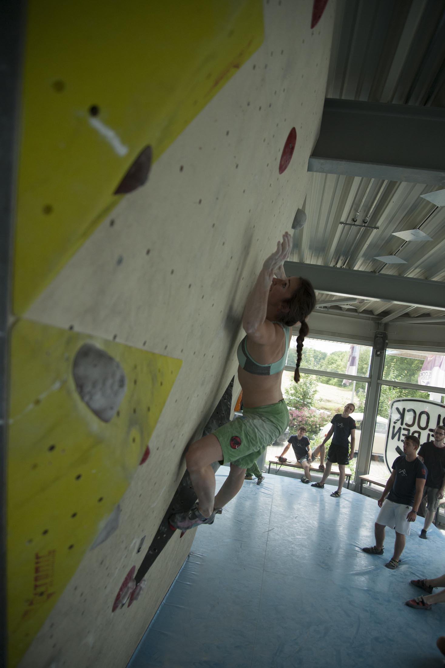 Quali, internationaler bouldercup Frankenjura 2016, BLOCKHELDEN Erlangen, Mammut, Bergfreunde.de, Boulderwettkampf07092016338