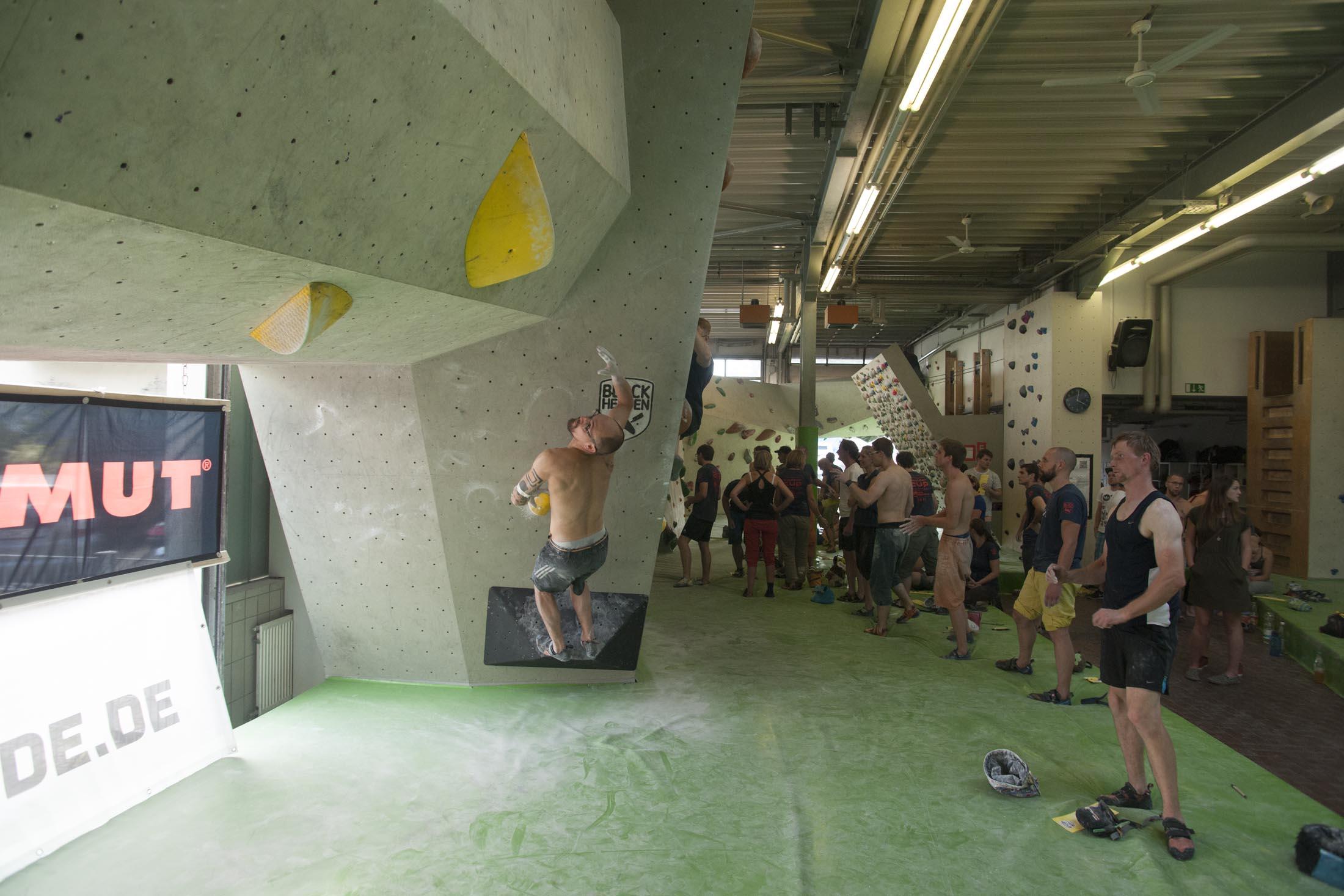 Quali, internationaler bouldercup Frankenjura 2016, BLOCKHELDEN Erlangen, Mammut, Bergfreunde.de, Boulderwettkampf07092016398