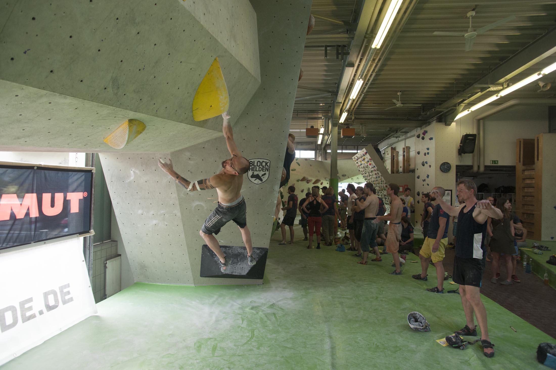 Quali, internationaler bouldercup Frankenjura 2016, BLOCKHELDEN Erlangen, Mammut, Bergfreunde.de, Boulderwettkampf07092016399