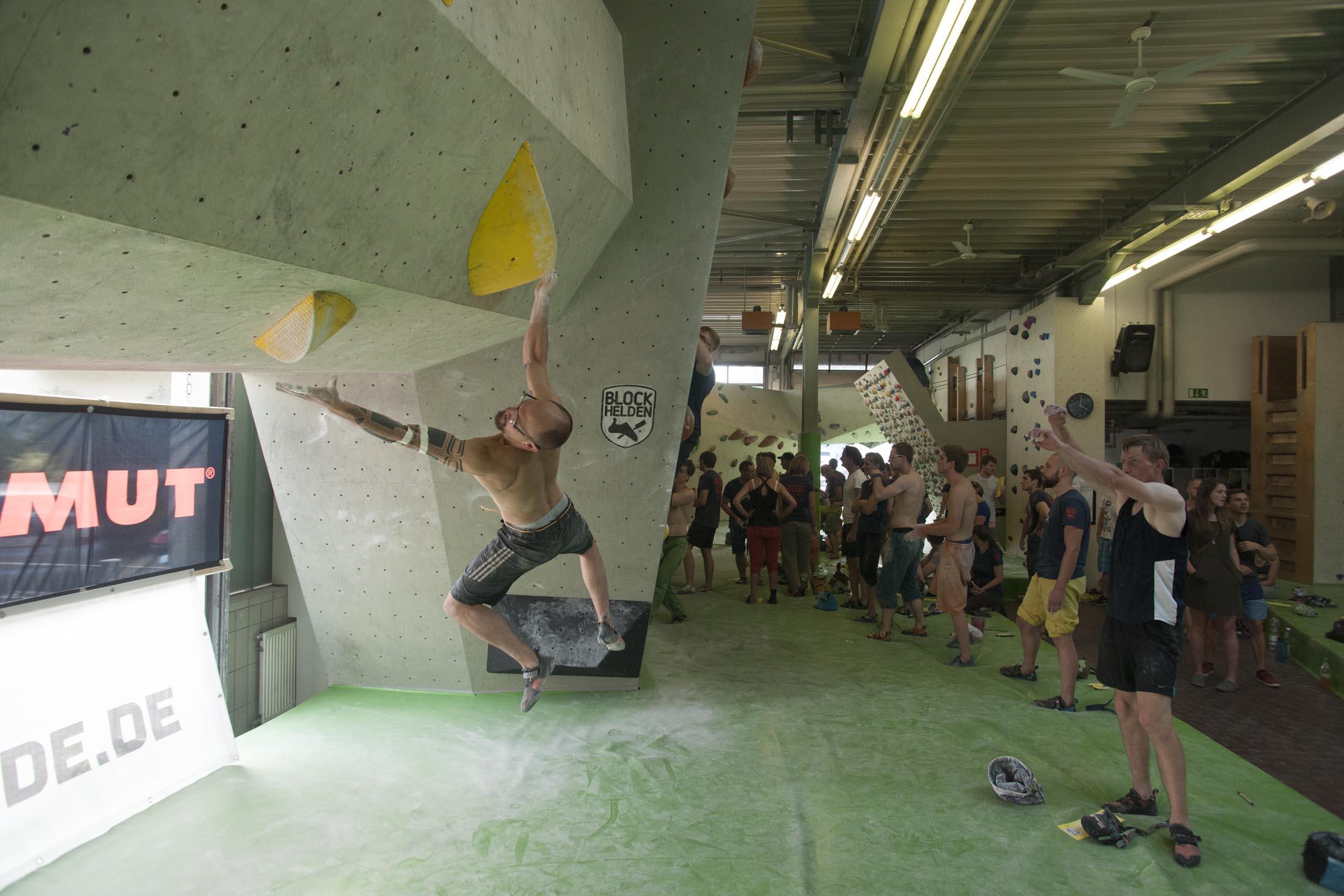 Quali, internationaler bouldercup Frankenjura 2016, BLOCKHELDEN Erlangen, Mammut, Bergfreunde.de, Boulderwettkampf07092016400