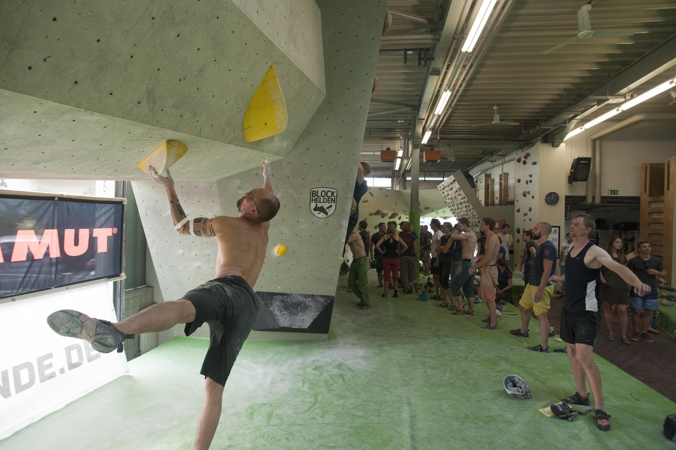 Quali, internationaler bouldercup Frankenjura 2016, BLOCKHELDEN Erlangen, Mammut, Bergfreunde.de, Boulderwettkampf07092016401