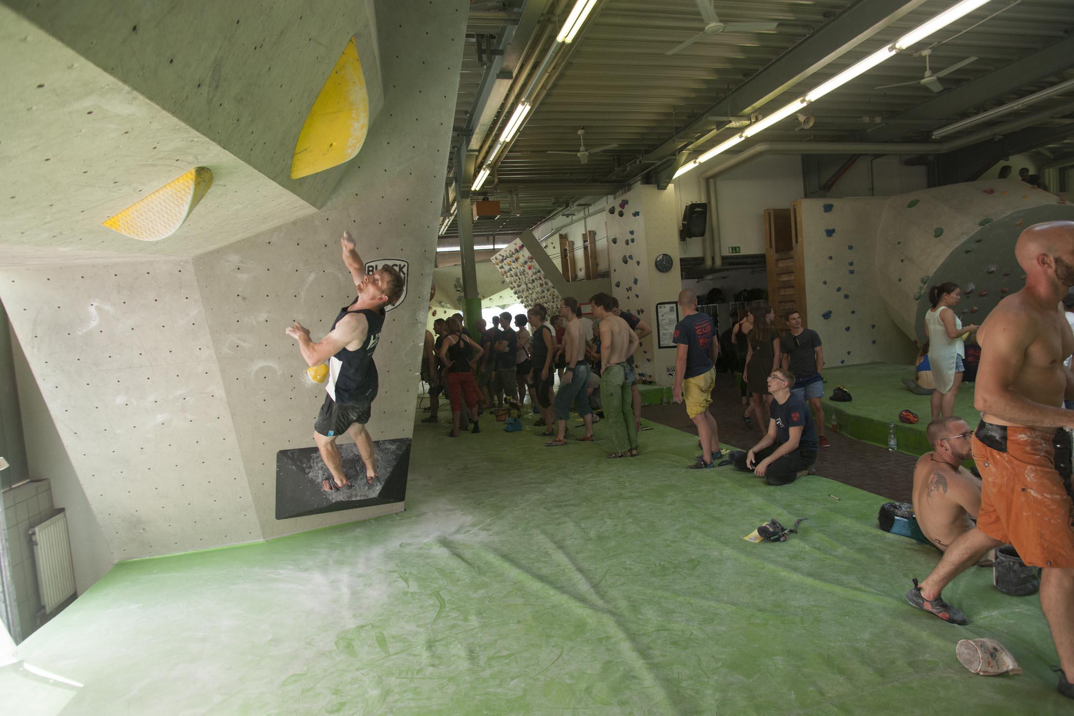 Quali, internationaler bouldercup Frankenjura 2016, BLOCKHELDEN Erlangen, Mammut, Bergfreunde.de, Boulderwettkampf07092016403