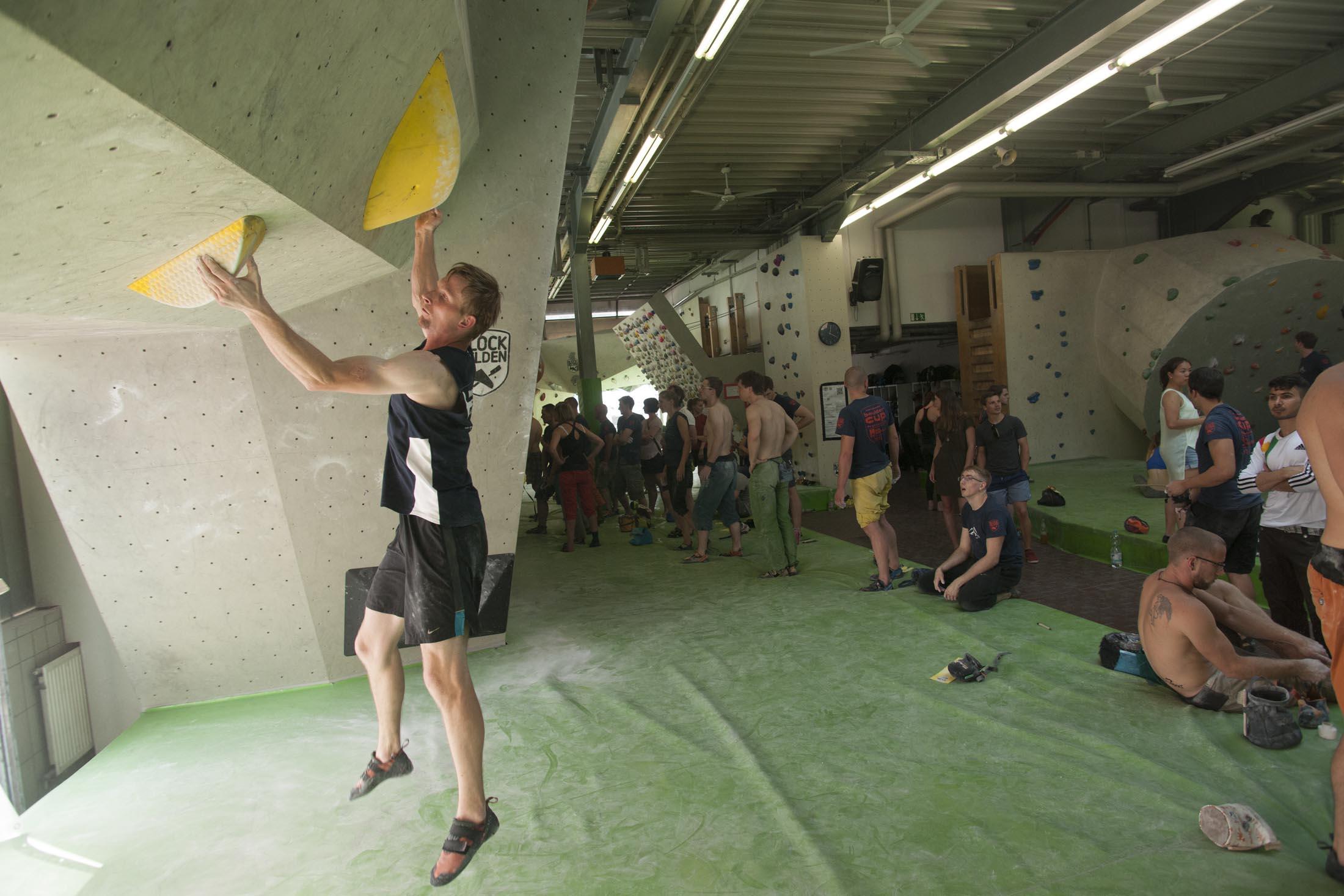 Quali, internationaler bouldercup Frankenjura 2016, BLOCKHELDEN Erlangen, Mammut, Bergfreunde.de, Boulderwettkampf07092016405