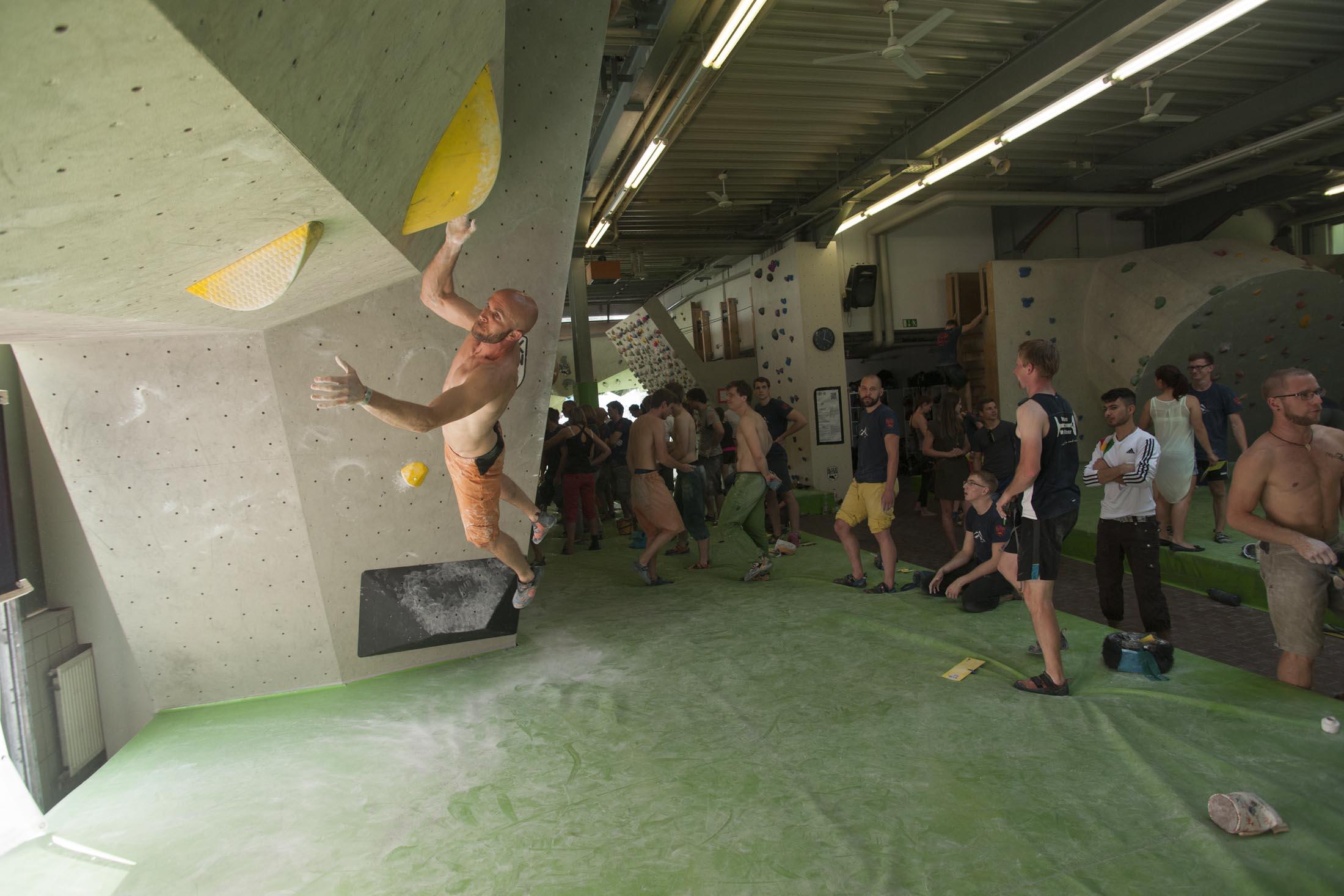 Quali, internationaler bouldercup Frankenjura 2016, BLOCKHELDEN Erlangen, Mammut, Bergfreunde.de, Boulderwettkampf07092016407