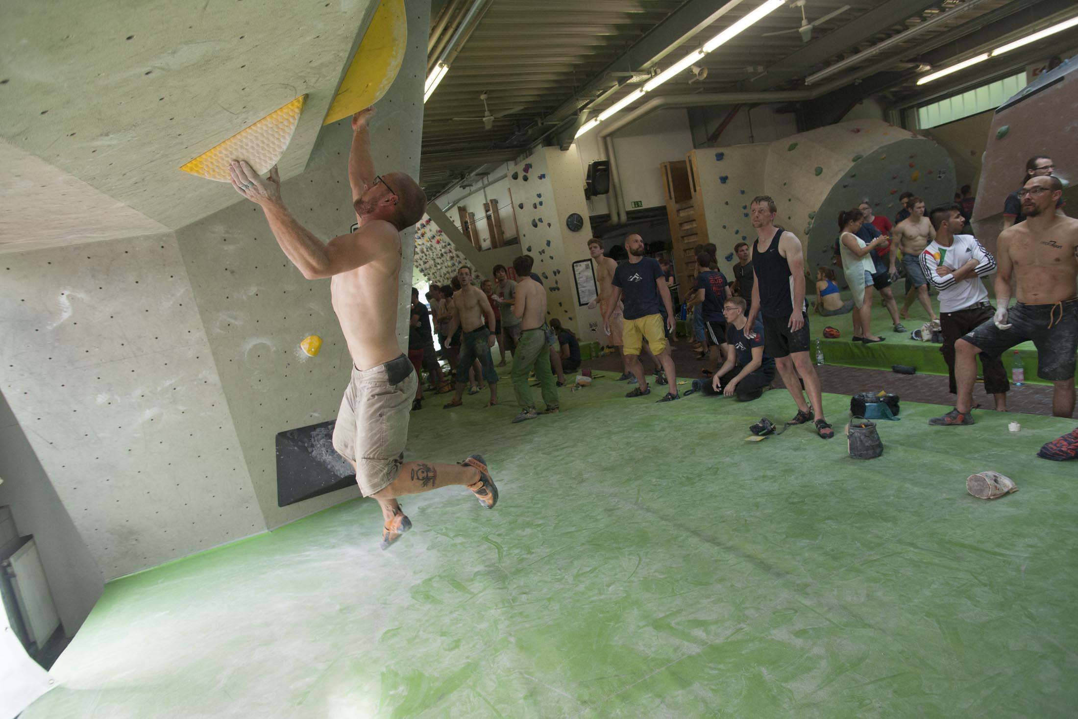 Quali, internationaler bouldercup Frankenjura 2016, BLOCKHELDEN Erlangen, Mammut, Bergfreunde.de, Boulderwettkampf07092016413