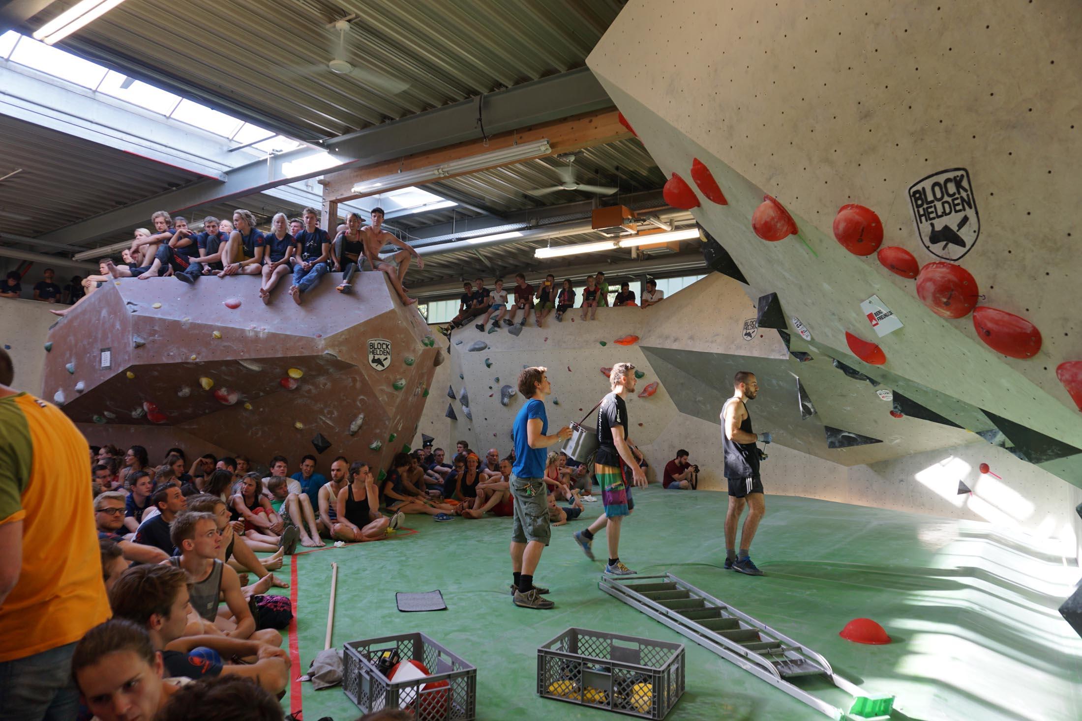 Quali, internationaler bouldercup Frankenjura 2016, BLOCKHELDEN Erlangen, Mammut, Bergfreunde.de, Boulderwettkampf07092016437