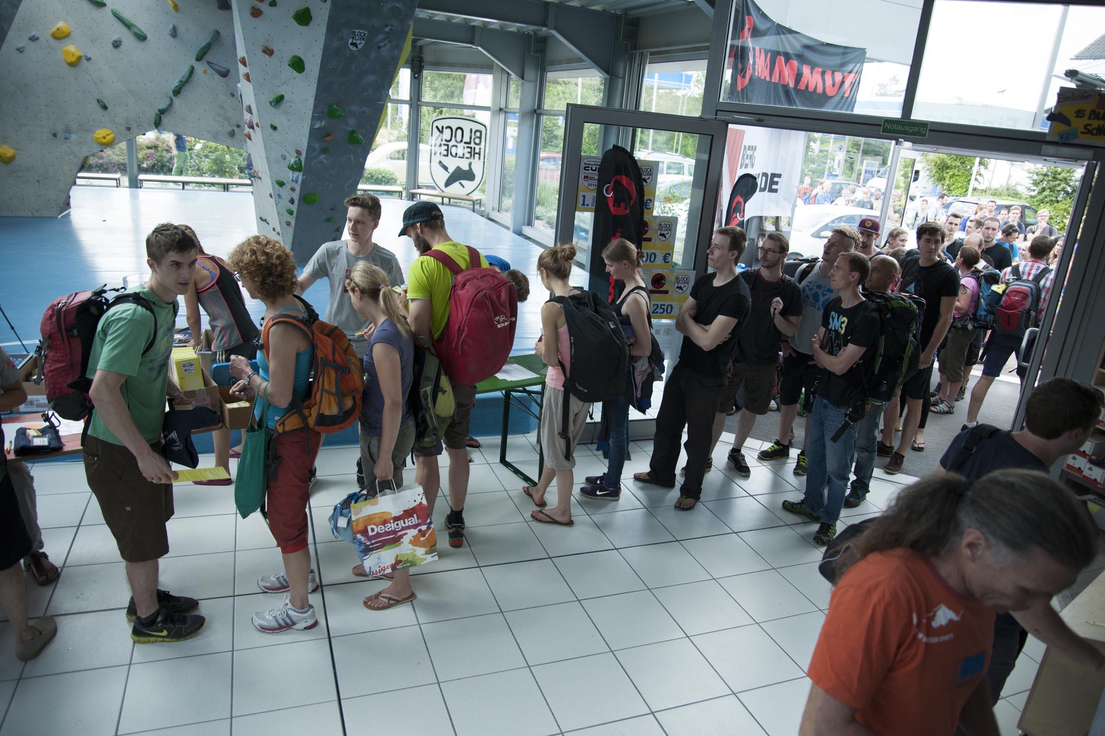 Registration internationaler bouldercup Frankenjura 2016, BLOCKHELDEN Erlangen, Mammut, Bergfreunde.de, Boulderwettkampf07092016078