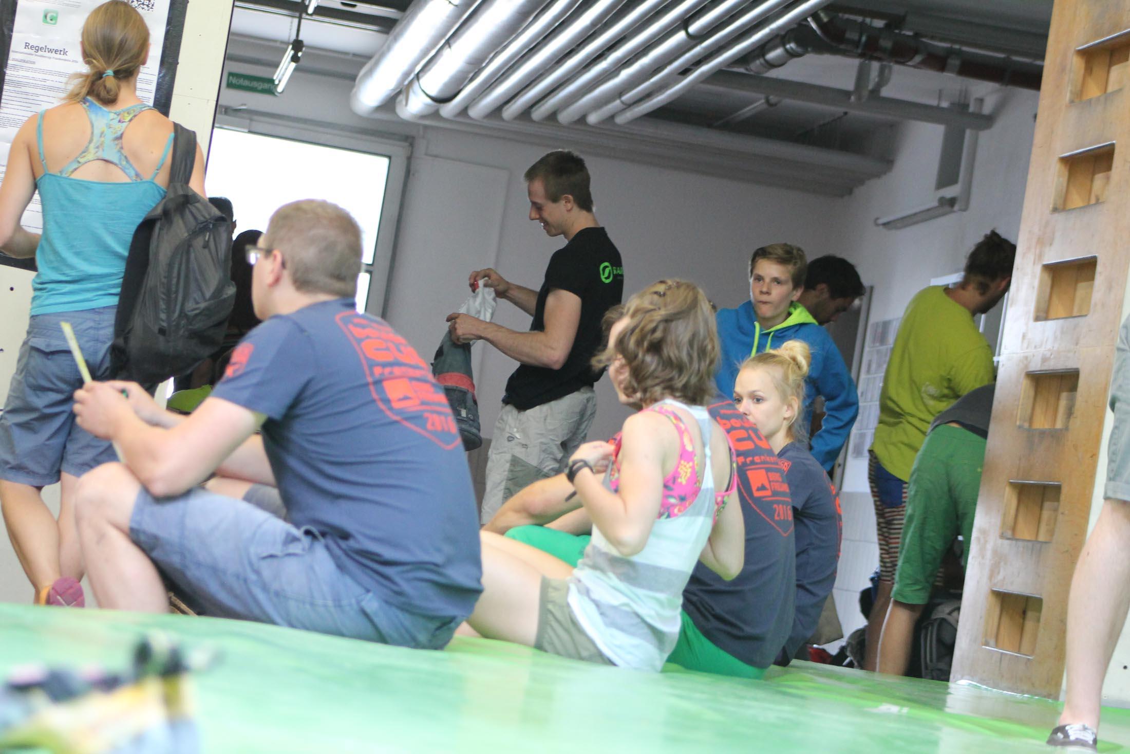 Registration internationaler bouldercup Frankenjura 2016, BLOCKHELDEN Erlangen, Mammut, Bergfreunde.de, Boulderwettkampf07092016084