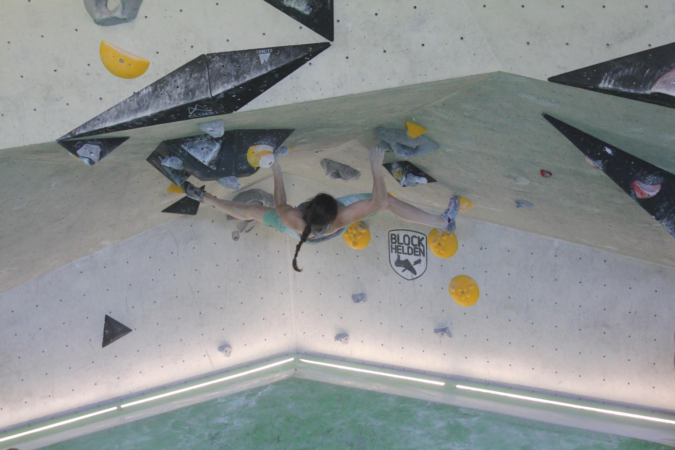 Juliane Wurm, internationaler bouldercup Frankenjura, BLOCKHELDEN Erlangen, Bergfreunde.de, Mammut07092016011