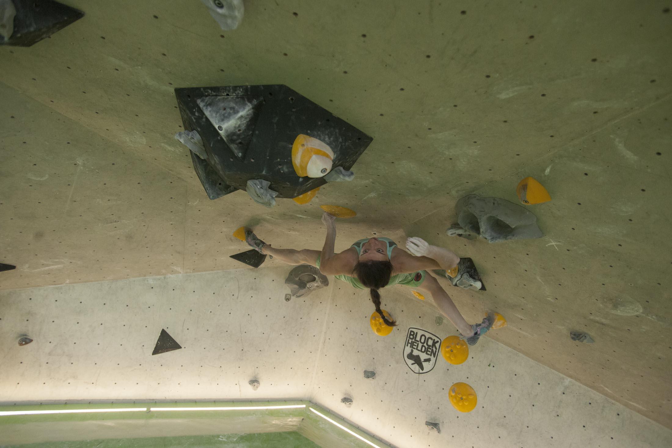 Juliane Wurm, internationaler bouldercup Frankenjura, BLOCKHELDEN Erlangen, Bergfreunde.de, Mammut07092016027