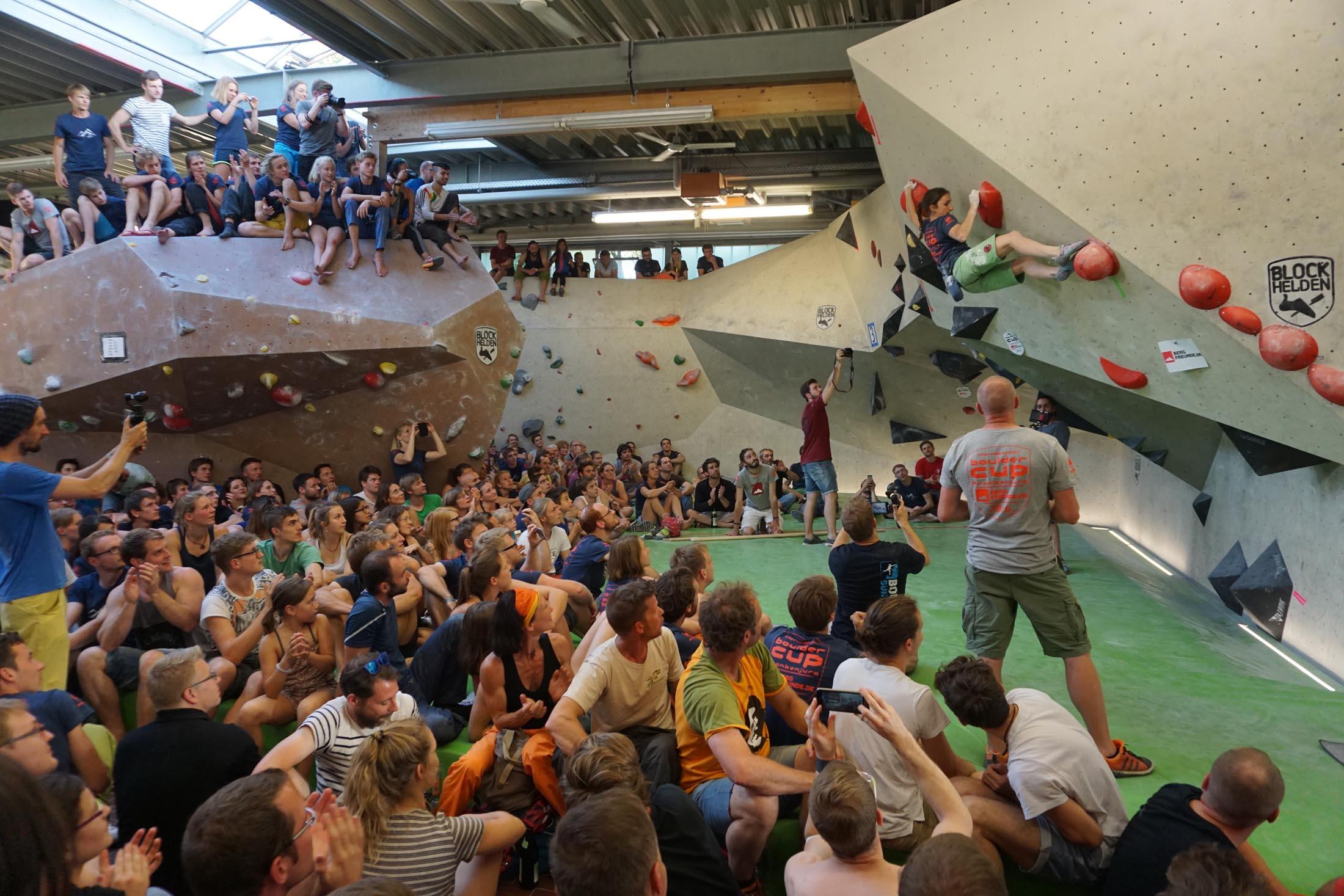 Juliane Wurm, internationaler bouldercup Frankenjura, BLOCKHELDEN Erlangen, Bergfreunde.de, Mammut07092016044
