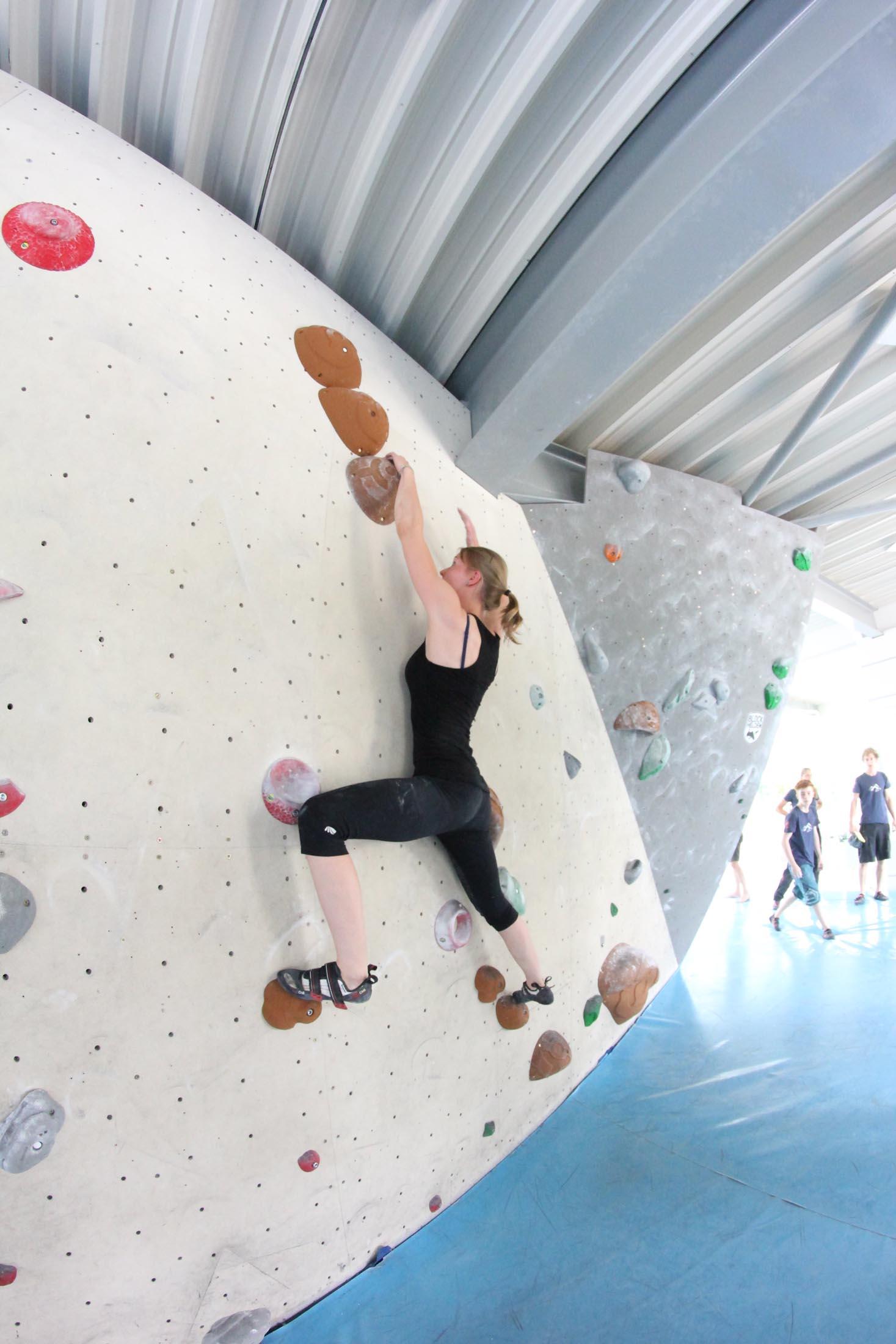 Quali, internationaler bouldercup Frankenjura 2016, BLOCKHELDEN Erlangen, Mammut, Bergfreunde.de, Boulderwettkampf07092016119