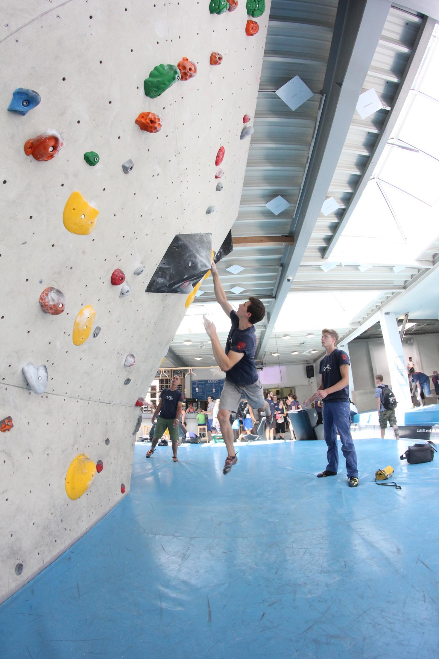 Quali, internationaler bouldercup Frankenjura 2016, BLOCKHELDEN Erlangen, Mammut, Bergfreunde.de, Boulderwettkampf07092016124