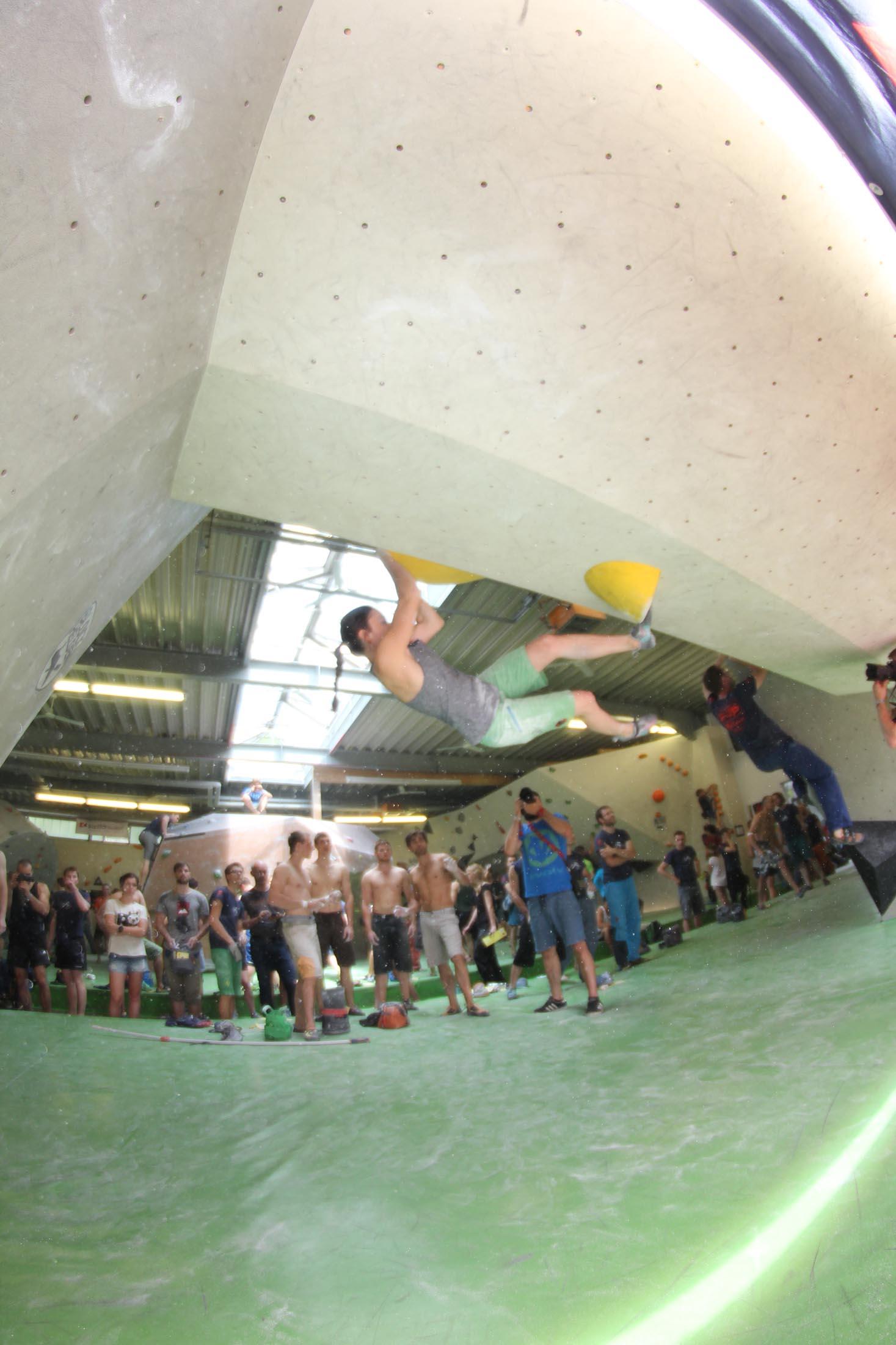 Quali, internationaler bouldercup Frankenjura 2016, BLOCKHELDEN Erlangen, Mammut, Bergfreunde.de, Boulderwettkampf07092016174
