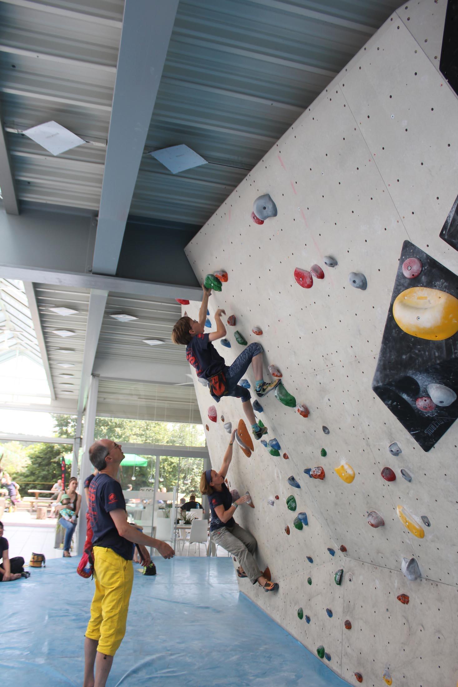 Quali, internationaler bouldercup Frankenjura 2016, BLOCKHELDEN Erlangen, Mammut, Bergfreunde.de, Boulderwettkampf07092016246
