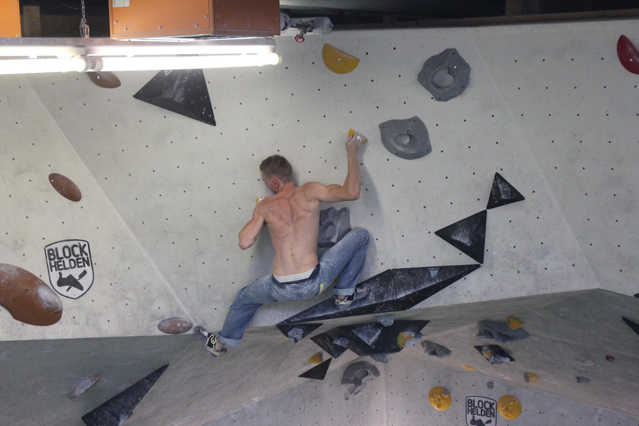 Quali, internationaler bouldercup Frankenjura 2016, BLOCKHELDEN Erlangen, Mammut, Bergfreunde.de, Boulderwettkampf07092016285